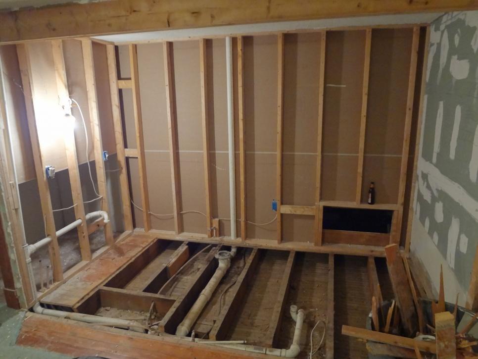 Need Some Help Sagging Floor Joists Remodeling