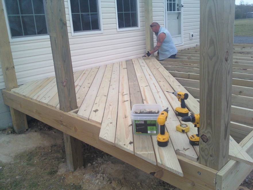 6 Sections Of Diagonal Decking, Done Quickly? Deck 5