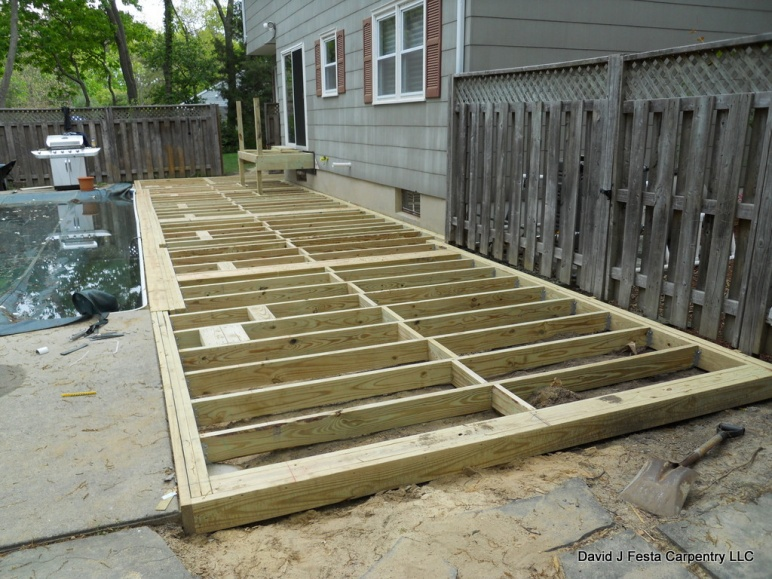 Ground Level Deck Framing - Round Designs