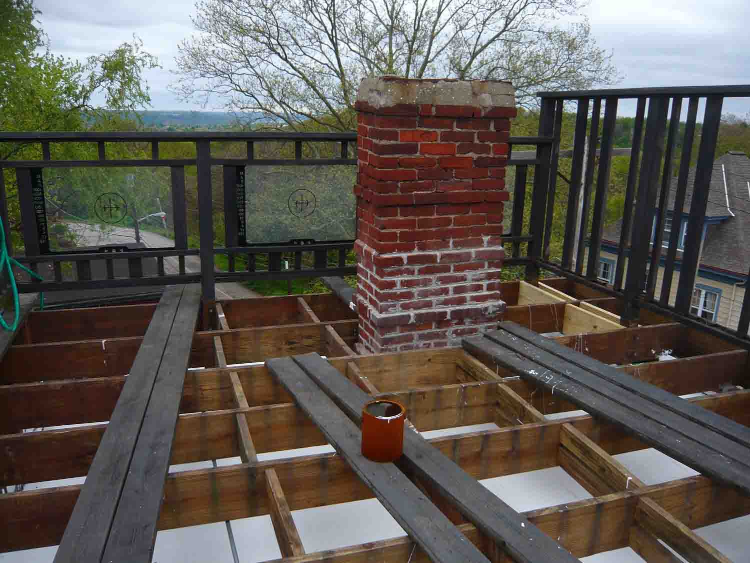 Roof top Deck issue-deck01.jpg