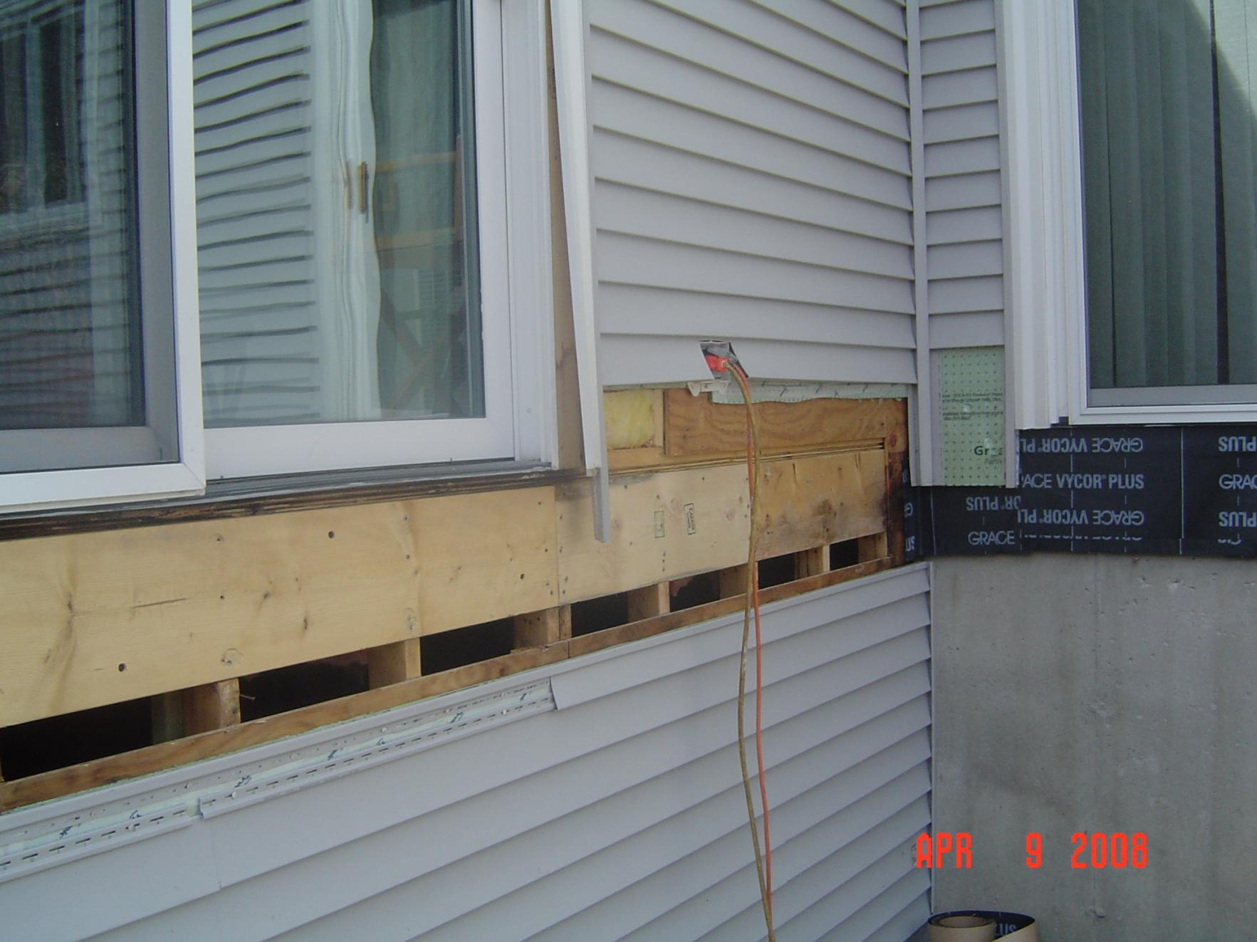 Attaching deck to house with siding - Tips On Removing Vinyl Siding For Attaching Ledger Board Dipalma Deck 015