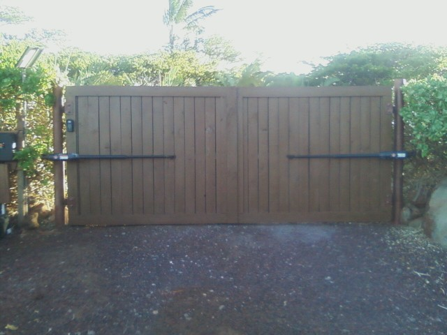 Building Wooden Gates For Driveway