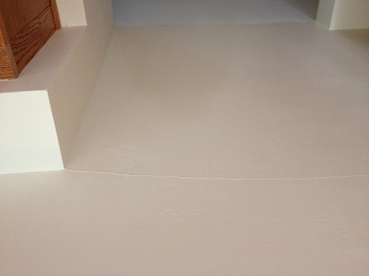 Why did this crack?-drywall-crack.jpg