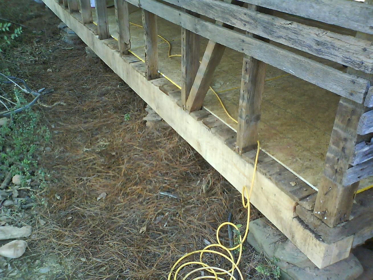 How to close in a Corn Crib to be a guest cottage-dsc00017.jpg
