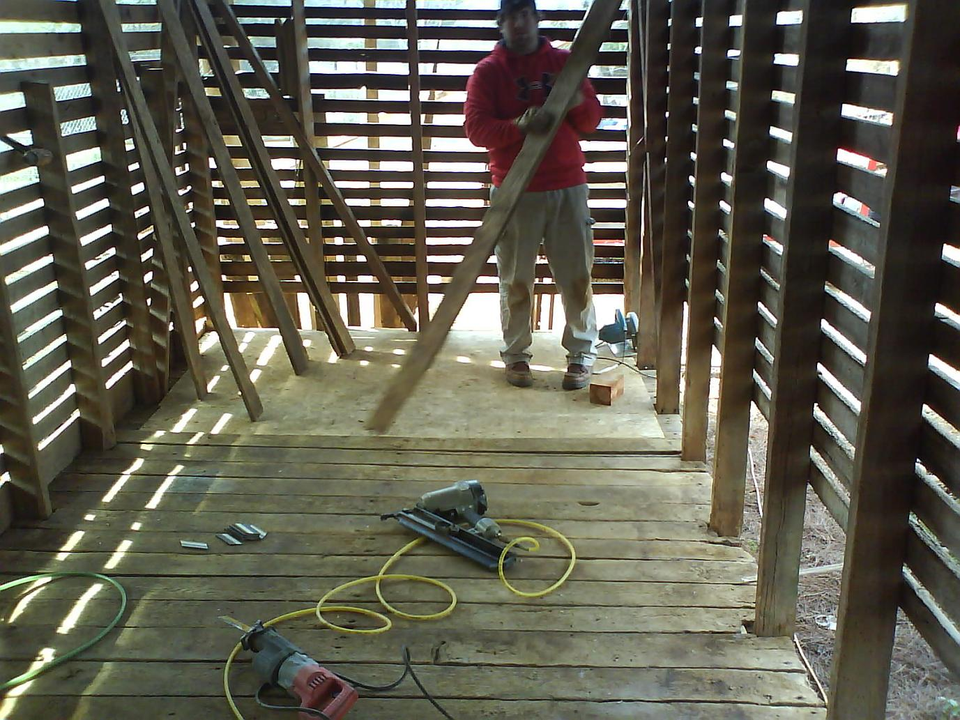 How To Close In A Corn Crib To Be A Guest Cottage Green