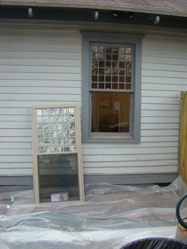 Best replacement window page 2 windows siding and for Who makes the best replacement windows