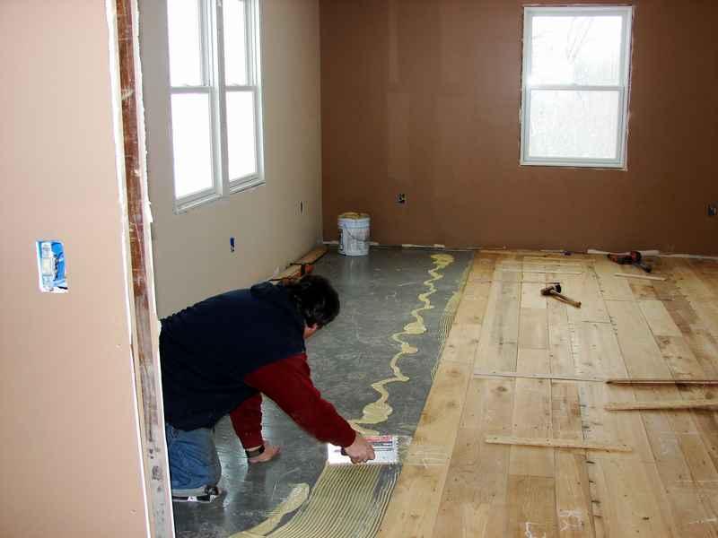 My New Wood Floor Is In I Hate Glue Down Floors Flooring