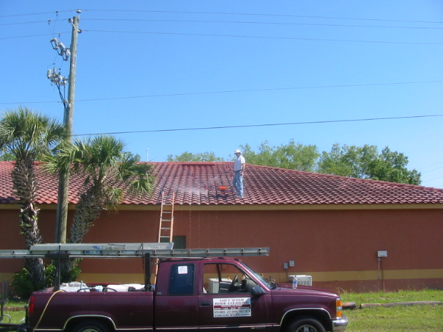 Exterior House Cleaning Solution During Venice Roof 401 Johnson Ln