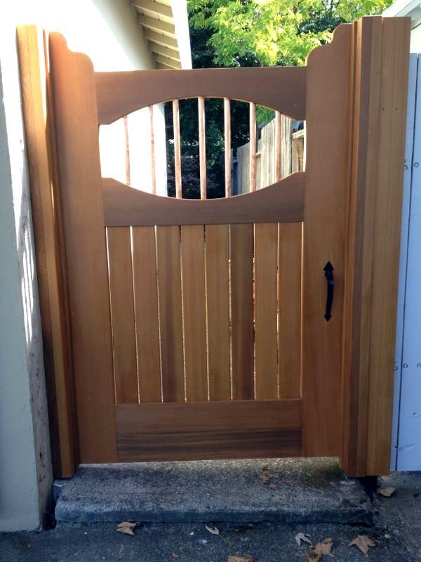 New cedar gate-finished.jpeg