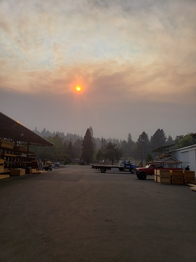 Medford Oregon evacuations-fire-2.jpg