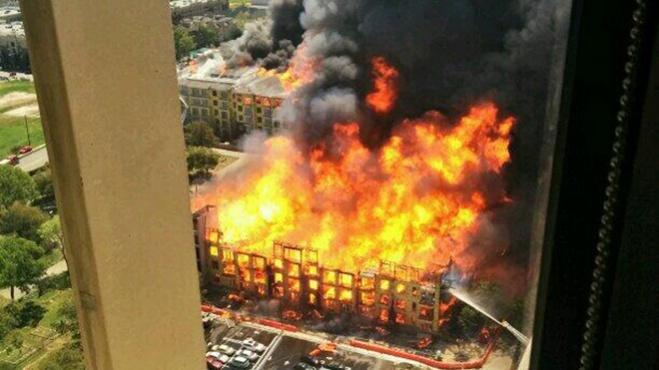 Houston fire at construction site-fireinternal131.jpg