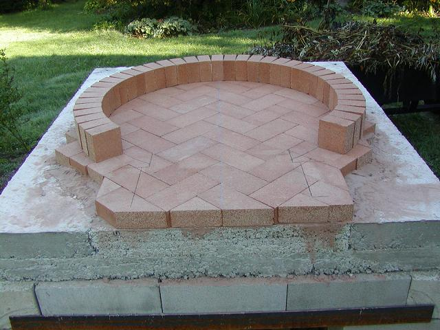Pizza Oven dome construction-floor-first-course-2-.jpg