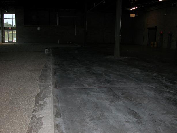 New Concrete Floor laid,  cracking,  and sealer Q's.-floor3.jpg