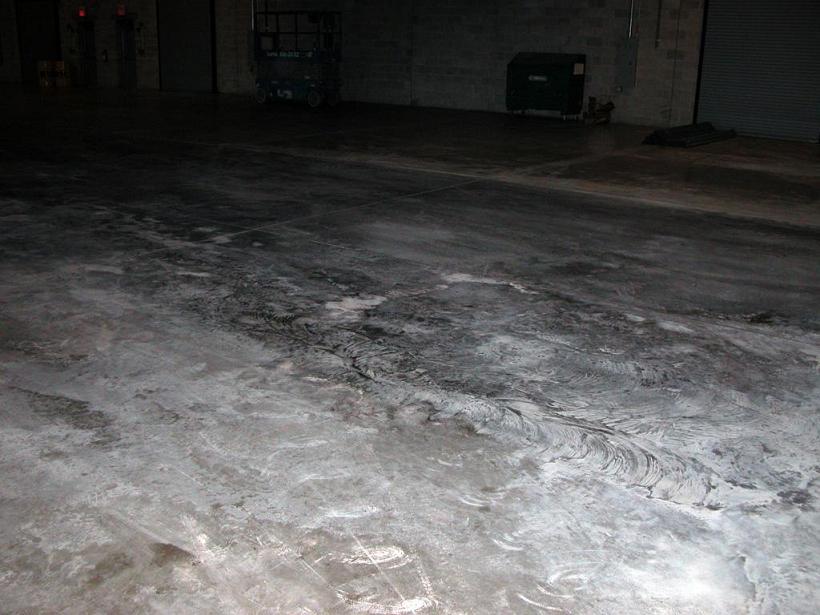 New Concrete Floor laid,  cracking,  and sealer Q's.-floor4.jpg