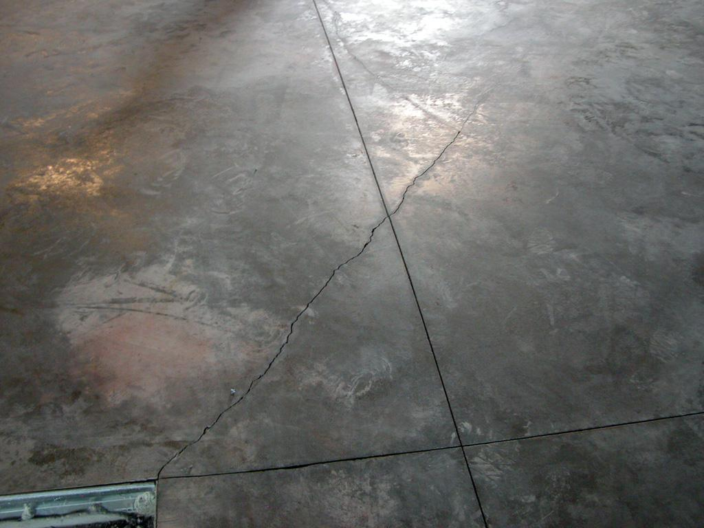 Sealed Concrete Flooring : New concrete floor laid cracking and sealer q s