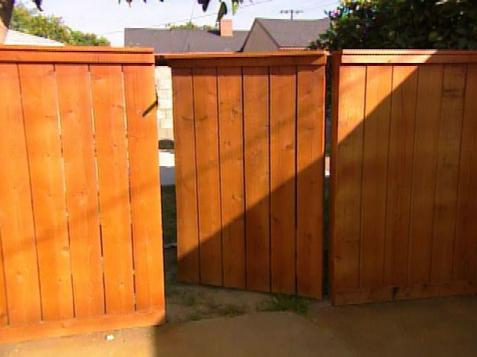 How to build a gate when fence has a 2x6 cap-gate-3.jpeg