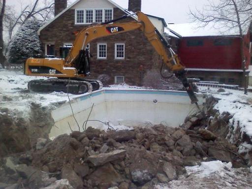 Winter demo-hammering-swiming-pool.jpg