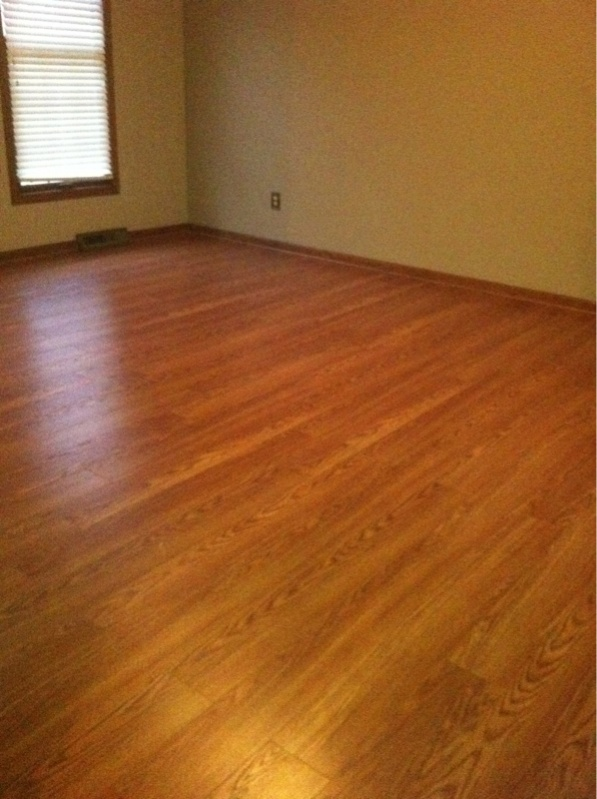 How To Start A Floating Laminate Floor Image 108002286 Jpg