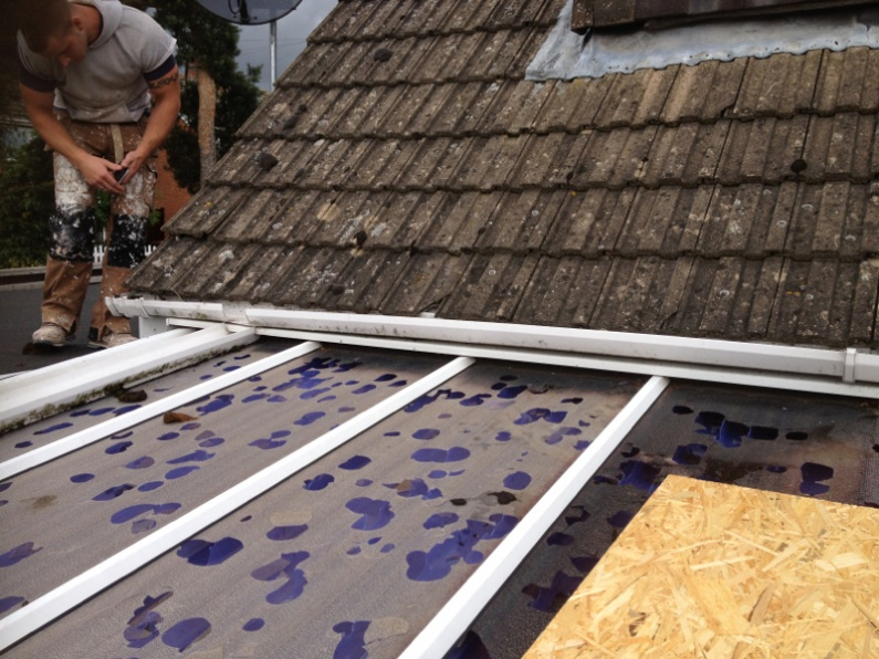 600 reasons to avoid polycarbonate roofing!-image-1588590050.jpg