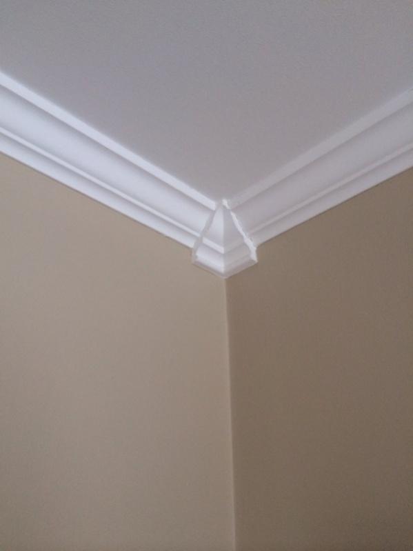 how to fix molding corners