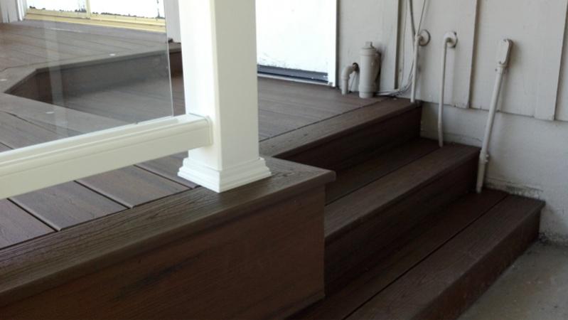 Code for glass panel railing-image-392249939.jpg