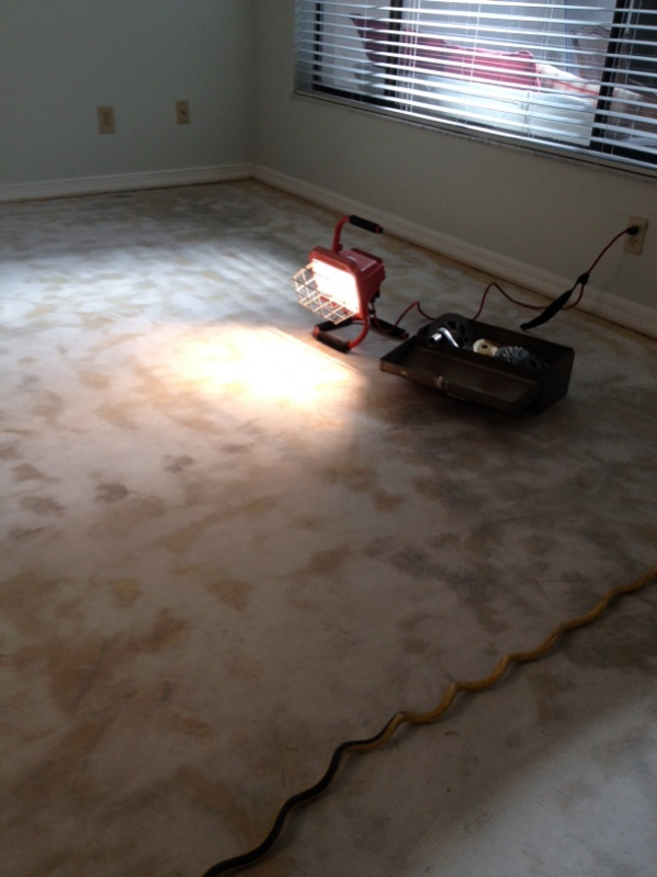 How to remove glue from carpet tiles carpet the honoroak for Removing concrete floor