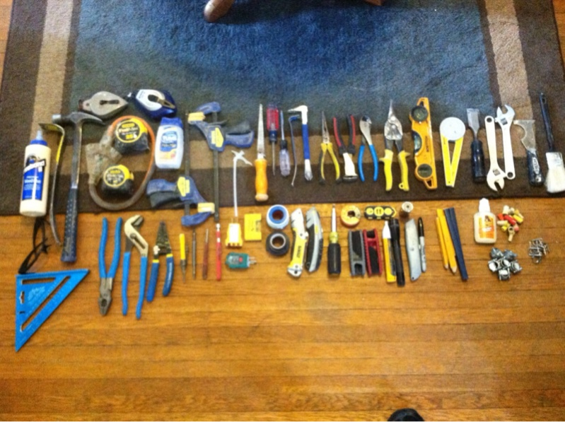 Basic carpentry tool kit! my tool kit is included.-image-826856579.jpg