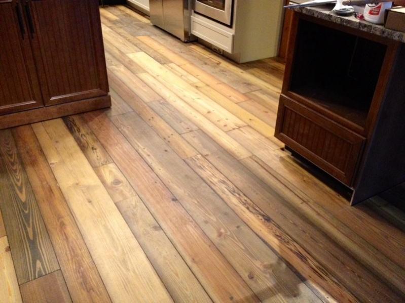 Variable Width Reclaimed Pine Flooring Picture Post