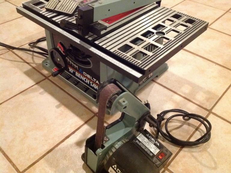 Delta 10 Bench Saw W 1 Belt Sander What 39 S It Worth Tools Equipment Contractor Talk