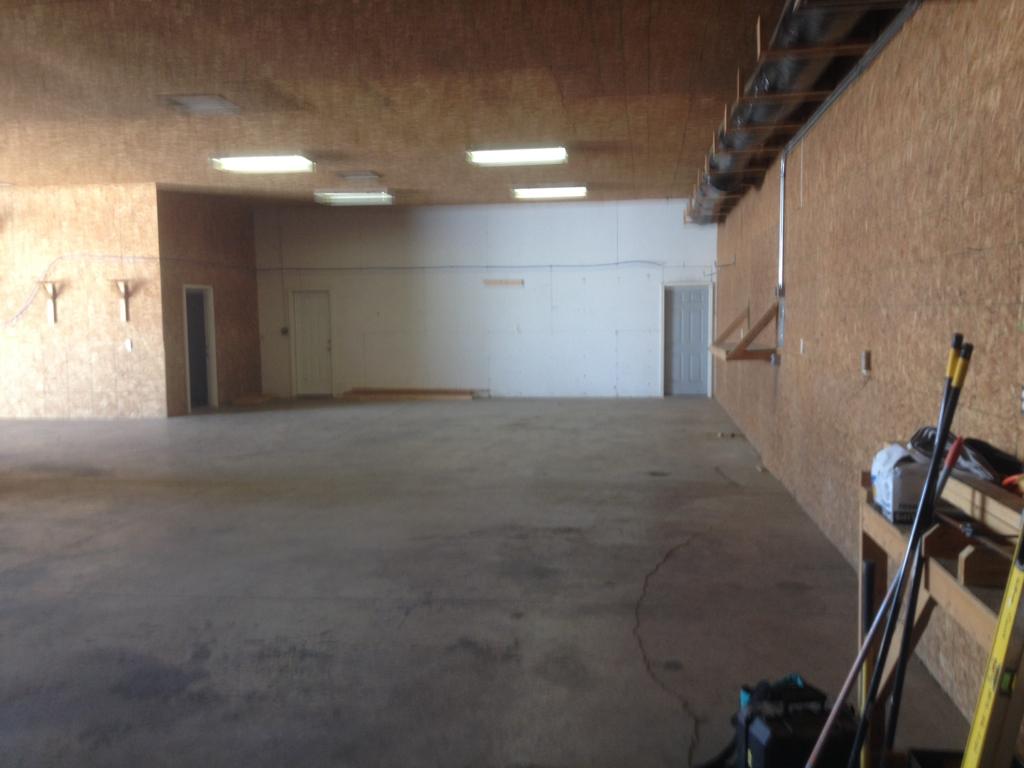 New Warehouse Space-imageuploadedbycontractortalk1426442353.387743.jpg