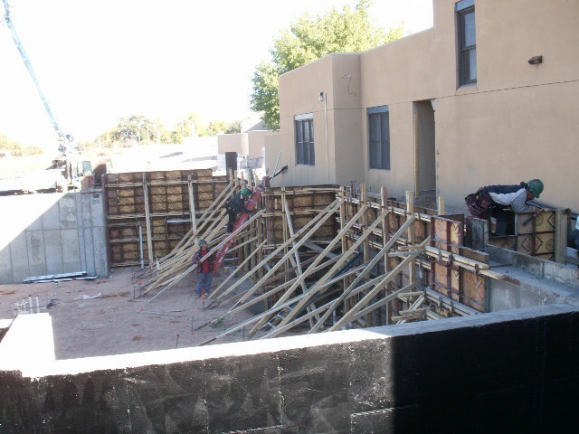 Shoring Posts For Concrete Walls : One sided forms against shoring wall commercial
