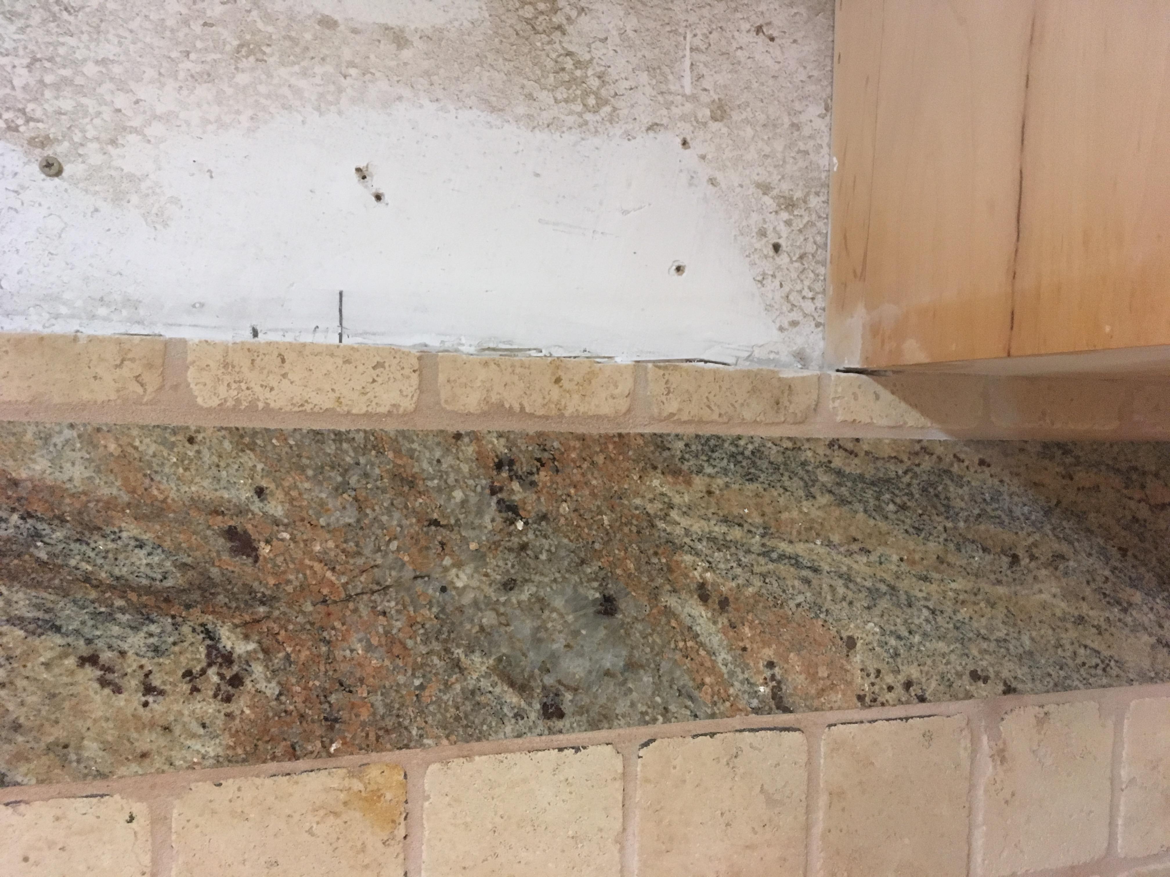 Cutting kitchen tile - use angle grinder?-img-6787.jpg