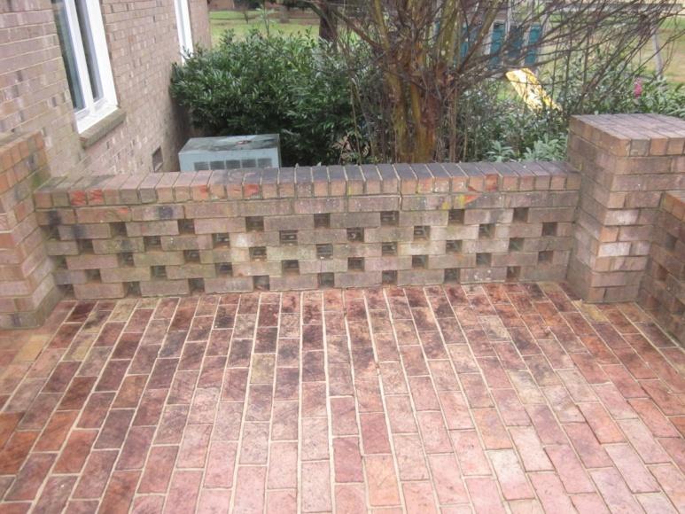 Cleaning Up this Brick - Pressure Washing ?-img_0027-001.jpg