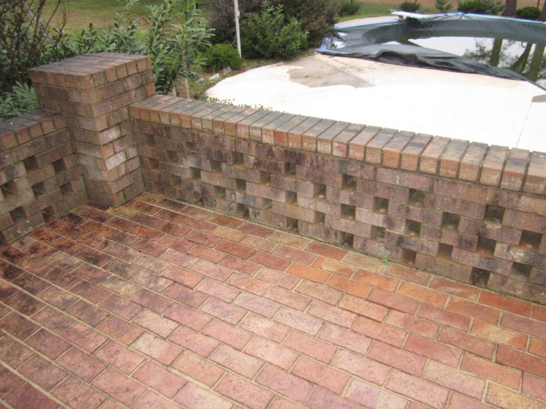 Cleaning Up this Brick - Pressure Washing ?-img_0028-001.jpg