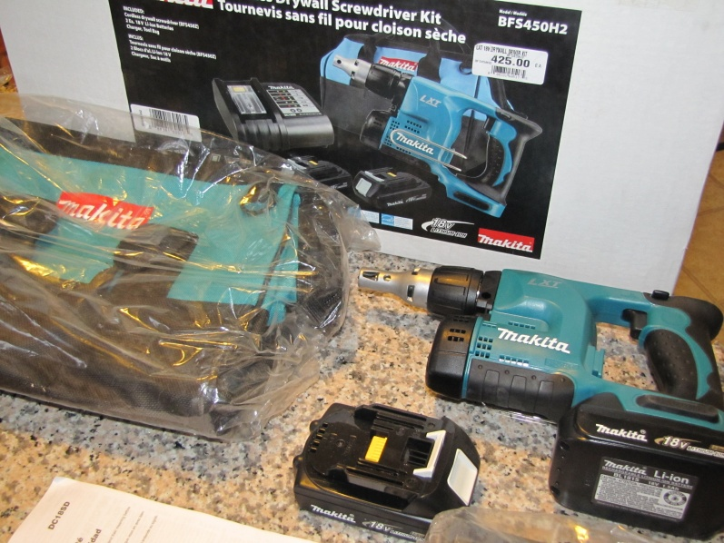 Makita cordless screwgun-img_0090-2-.jpg