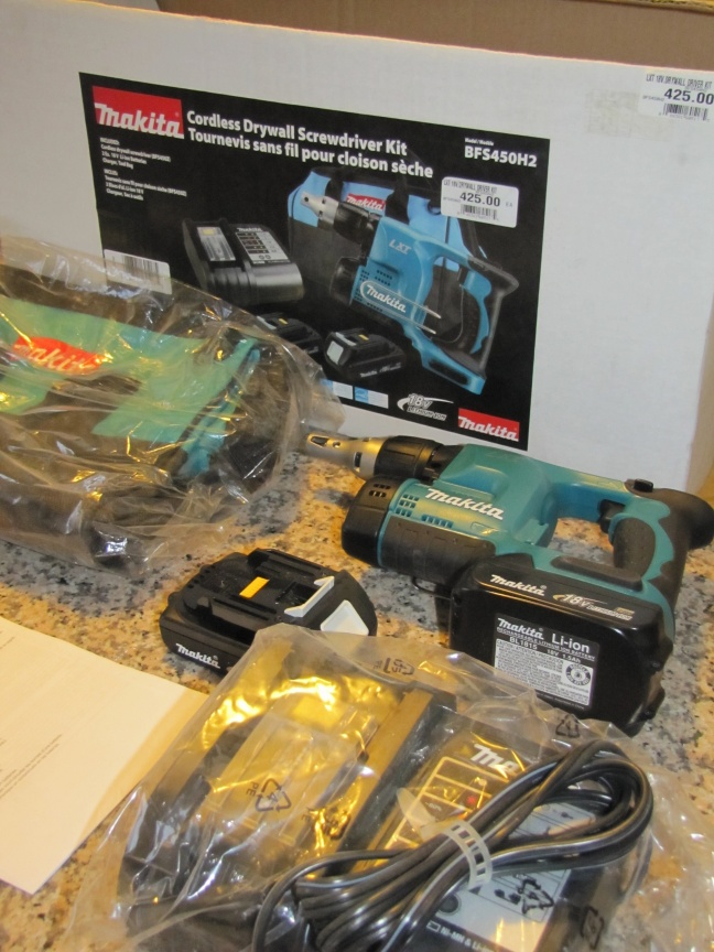 Makita cordless screwgun-img_0091-2-.jpg