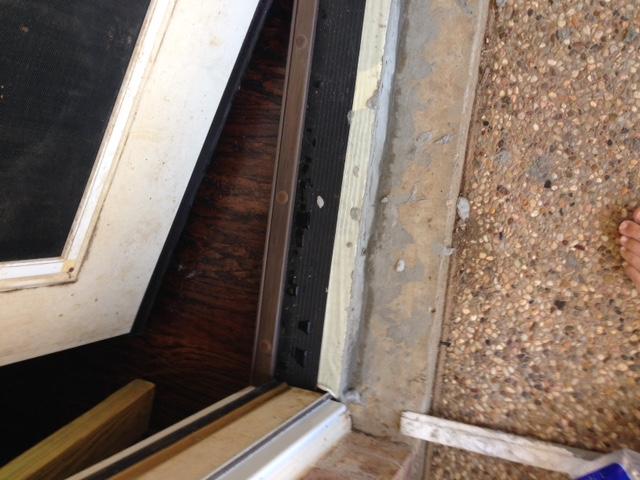 Novice question - hardwood flooring and exterior threshold-img_0103.jpg