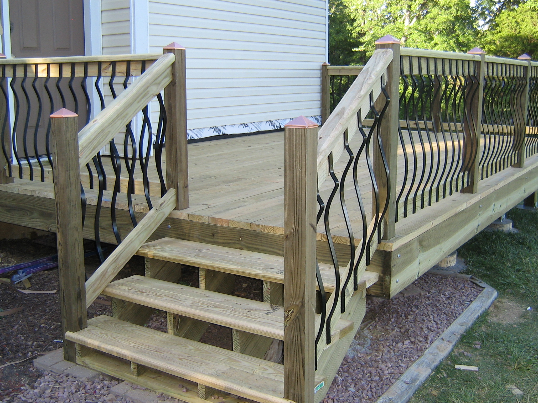 First time deck building (any deck experts here?)-img_0175.jpg