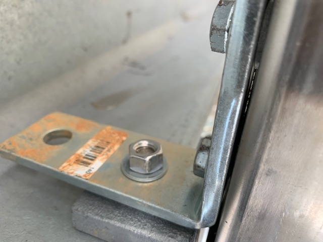 Stainless Steel on Galvanized Unistrut-img_0477.jpg