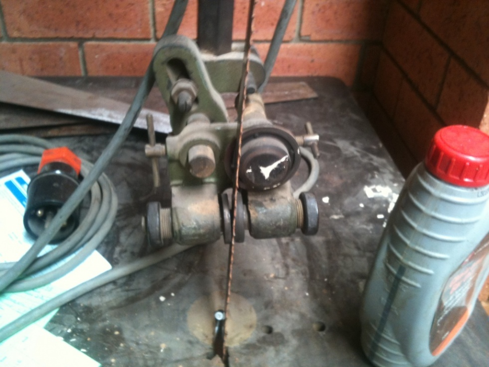 old bandsaw getting back to life-img_0533.jpg