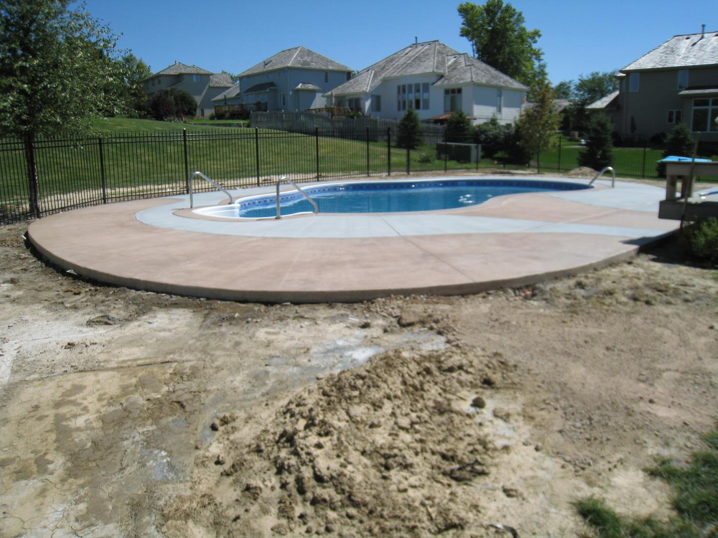 Another pool deck completed today-img_0679.jpg