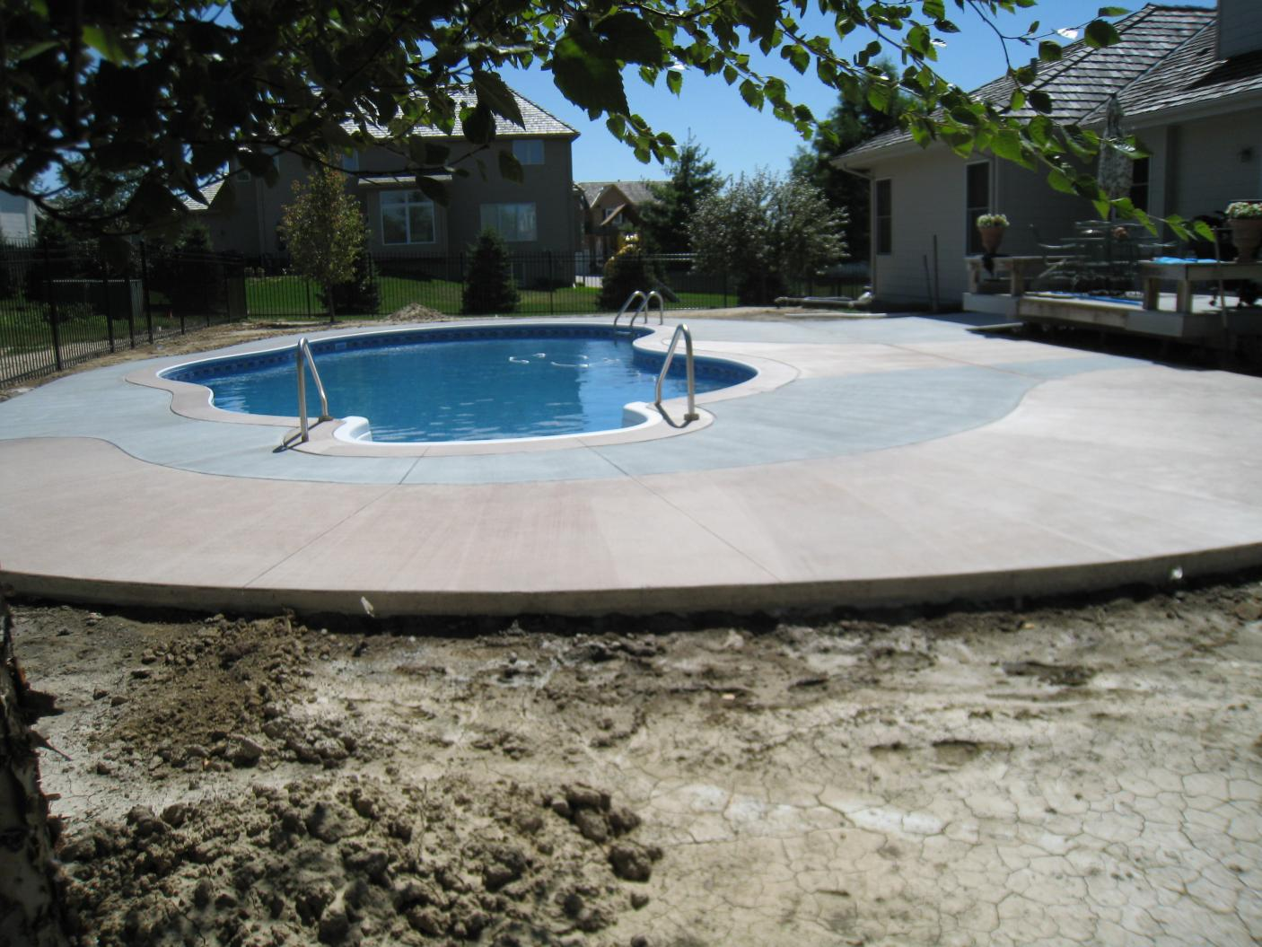 Another pool deck completed today-img_0680.jpg
