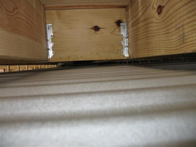 under deck roof-img_0934-small-.jpg