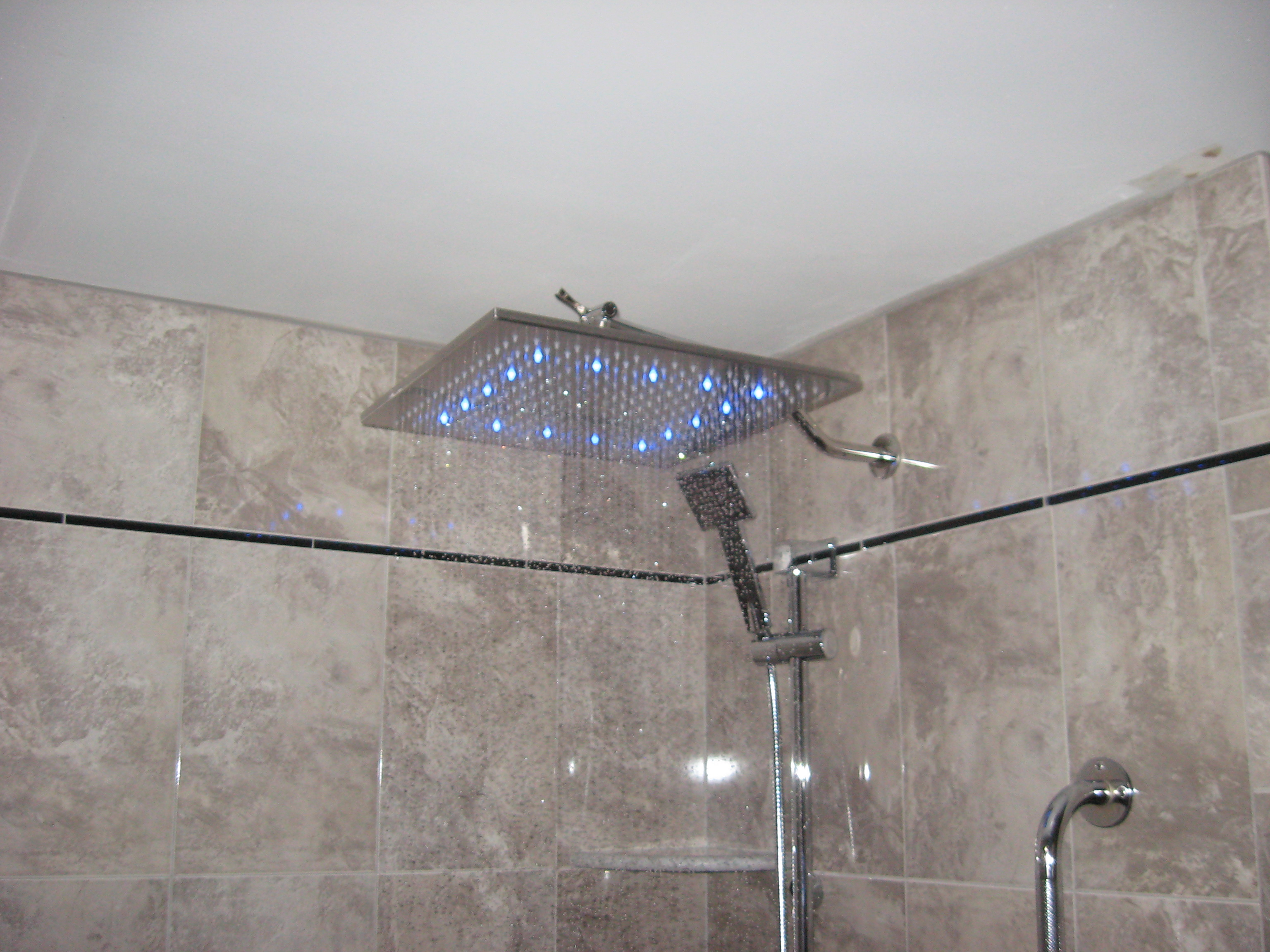 New bathroom-img_1270.jpg