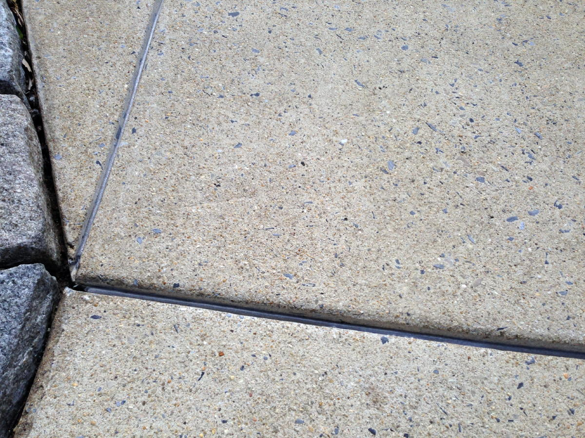Expansion joint maintenance-img_1665a.jpg