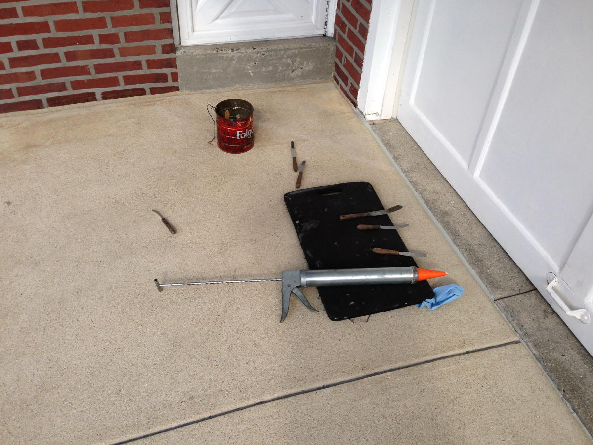 Expansion joint maintenance-img_1676a.jpg