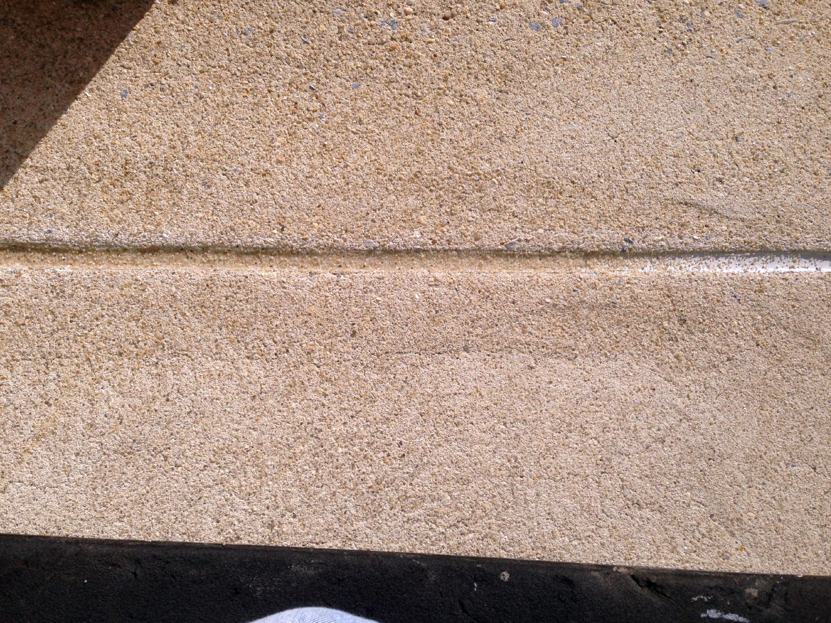 "12ft high 2"" Stone (slate/shale) Veneer. Rock fall hazard?-img_1684a.jpg"