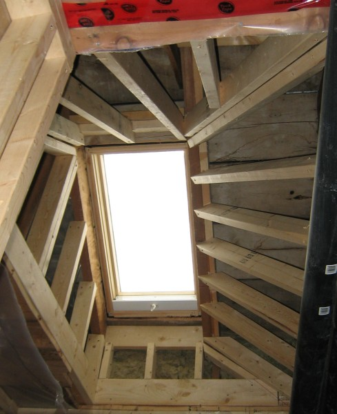 Corkscrew Shaped Skylight Tunnel Drywall Picture Post