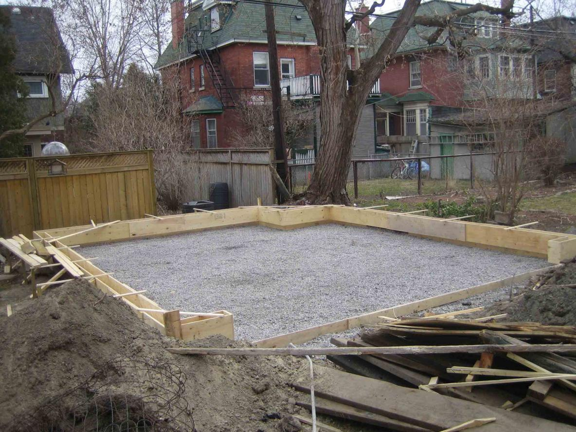 Garage slab 20' X 20' edge concerns-img_1758a.jpg