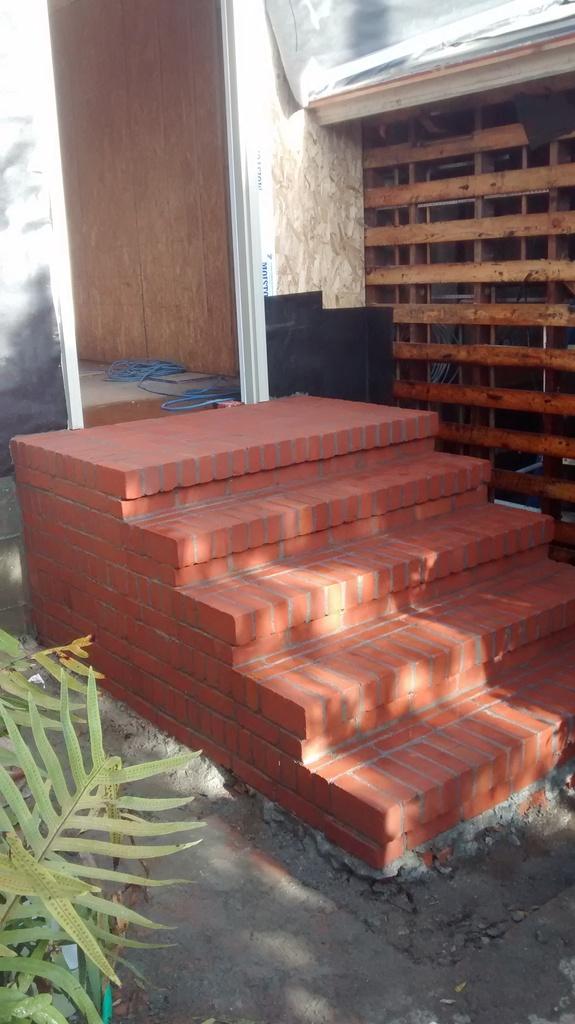 Brick steps with rowlock-img_20150401_083832711_zps1ksby9iw.jpg